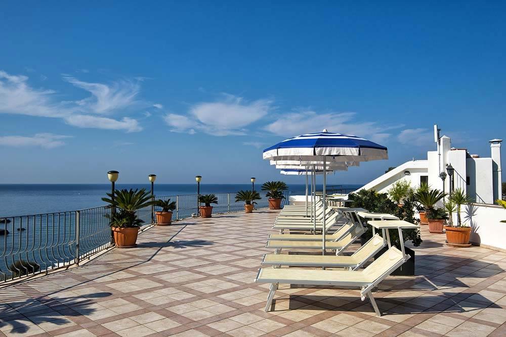 Hotel wellness baia Citara con piscina termale interna ed ...